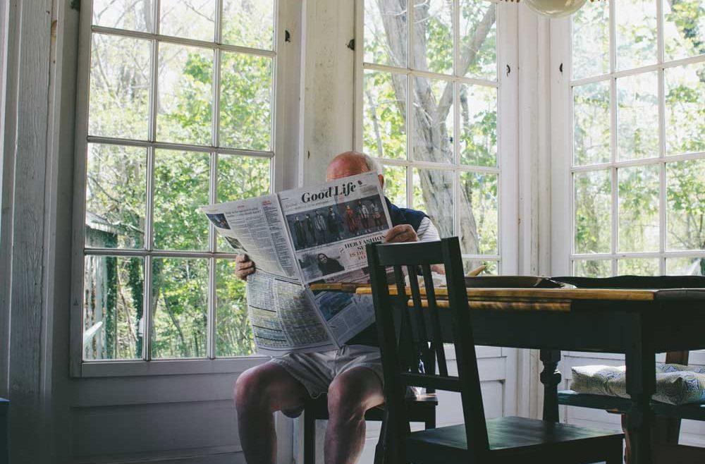 newspaper readership aging